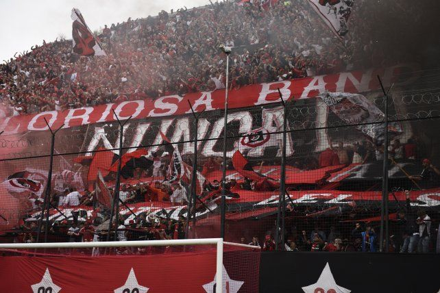 Los hinchas de Newells podrán viajar a Santa Fe al partido debut de la Copa Argentina