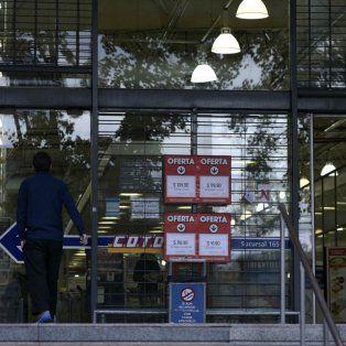 mercantiles reclaman a la provincia ponerse firme ante los super que abren los domingos