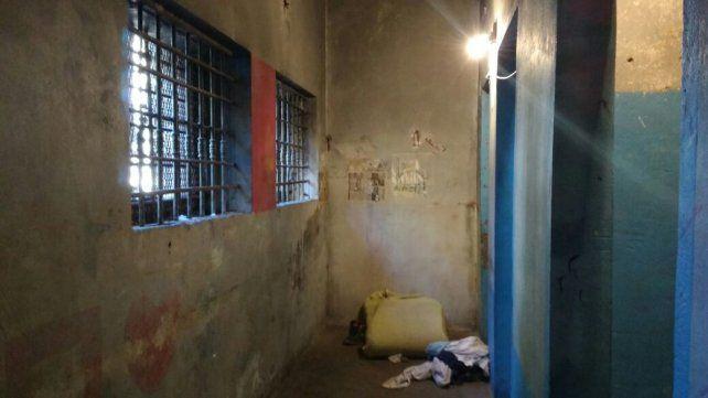 José Cáceres fue hallado muerto en la celda de una comisaría de San Lorenzo.