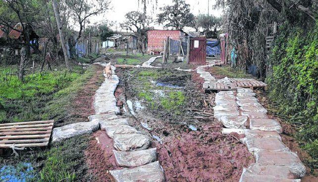 bajo amenaza. Numerosas viviendas se ubican en los valles de inundación de ríos y arroyos de la región.