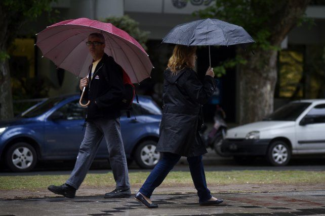 Según el Servicio Meteorológico hoy por la tarde habrá que tener paraguas a mano.