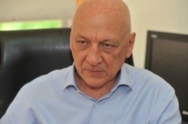 Bonfattidijo que deberían dejar sus cargos los ministros radicales que se fueron con Cambiemos.