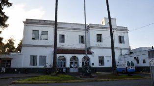 El Hospital Roque Saenz Peña. El joven está internado allí y su estado era estable.