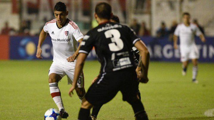 Newells goleó a Central Norte en un partido sin equivalencias y pasó de fase en la Copa