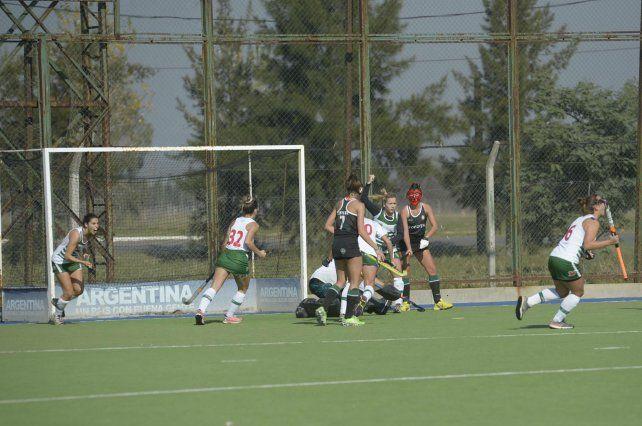 Inés Manavella arrastró en el córner corto y Jockey A puso el 1-1 de un partido muy cambiante ante Duendes A.