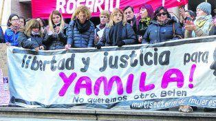 Reclamo. Distintas agrupaciones de Mujeres pidieron frente a Tribunales la libertad de Yamila durante el 2016.