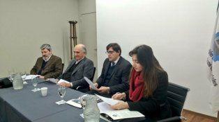 Cónclave. Del Vecchio se reunió con fabricantes de ventiladores de Rosario.