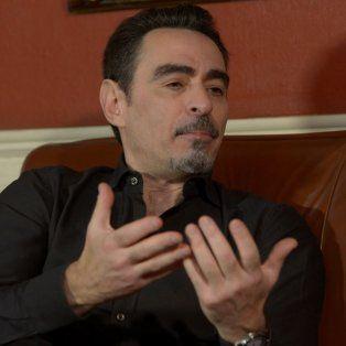 Federico Andahazi estuvo hoy en La Capital para una entrevista que fue transmitida en vivo por Facebook Live.
