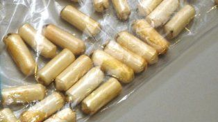 Encontraron muerta a una mujer que trasladaba cápsulas de cocaína en su estómago