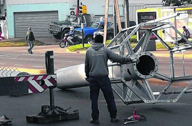 Antena que desmontó Movistar junto a la Municipalidad