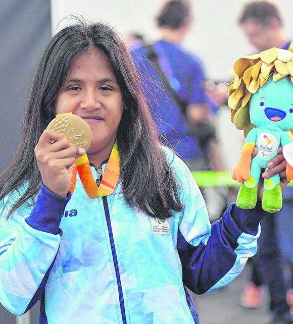 Con la medalla de oro. Yanina Martínez se impuso en los 100 metros en los Juegos de Río de Janeiro 2016.