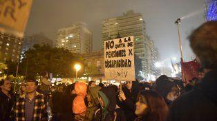 Marcha solidaria para expresar el rechazo al recorte de pensiones por discapacidad en Rosario