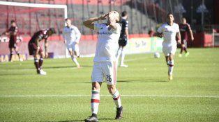 Héctor Fértoli festeja su gol
