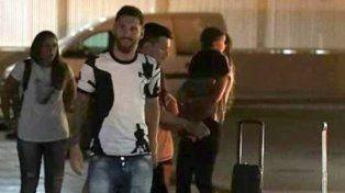 Leo Messi ya está volando rumbo a Rosario para ultimar los detalles de su casamiento