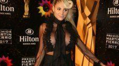 vicky xipolitakis, la mas criticada por su look con transparencias en los martin fierro