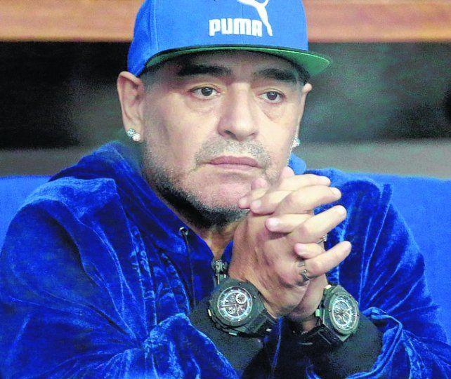 Maradona pegó para todos lados