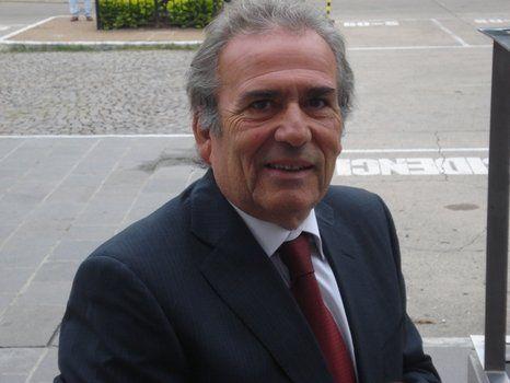 sorpresa. El silencio de Ricardo Olivera respecto de su dimisión al máximo cargo partidario detonó múltiples versiones entre la dirigencia del PJ.