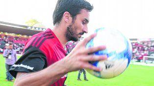 El dueño de la pelota. El futuro de Ignacio Scocco parece estar en Núñez.