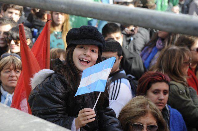 Rosario recibe al Día de la Bandera con buenas condiciones meteorológicas.