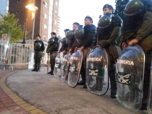 Un retén de Gendarmería ubicado esta mañana en Rioja y 1º de Mayo.