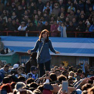Cristina habló ante un estadio atiborrado de gente y llamó a la unidad.