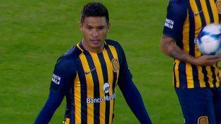 Adentro. Teo Gutiérrez es titular en el último partido como local de Central en la temporada.