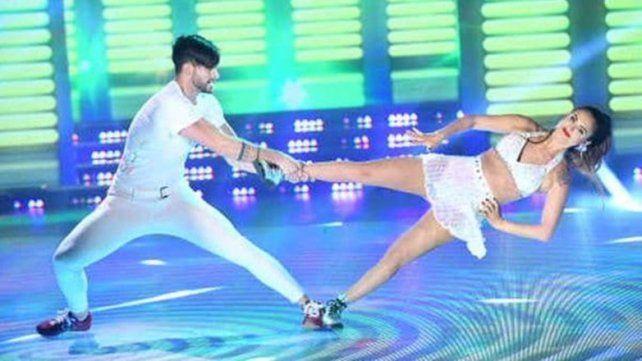 Silvina Luna hizo un truco increíble en el Bailando y habló sobre el accidente que tuvo con El Polaco