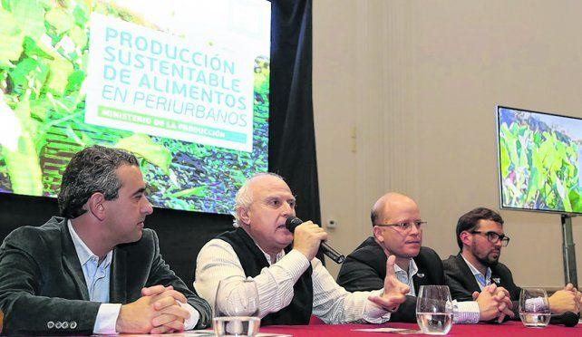 Cordón verde. Lifschitz y Contigiani encabezaron la presentación del programa para desarrollar el periurbano.