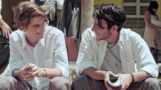 Adolescencia y caos. Patricio Penna y Felipe Ramusio Mora, los protagonistas del filme que se estrena hoy.