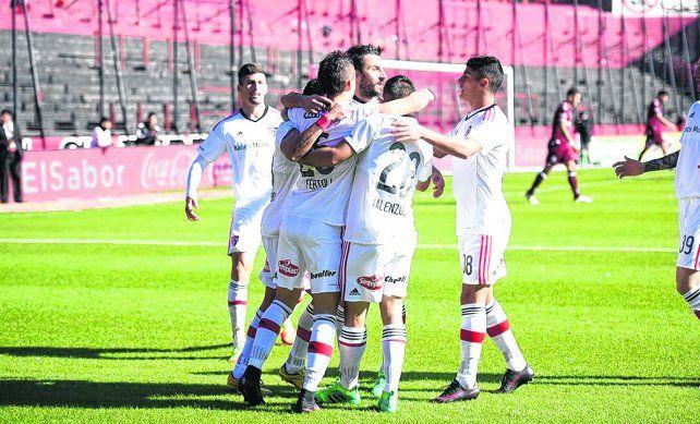 Un festejo así. Es lo que buscarán los leprosos en tierra cordobesa. Con un triunfo quedarán a un paso de la Libertadores.