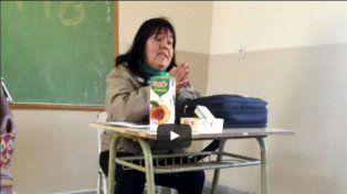 Separaron a una docente que insultó a sus alumnos por no tener la carpeta completa