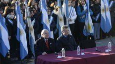 El gobernador Lifschitz y el presidente Macri, en la fría mañana del pasado martes.