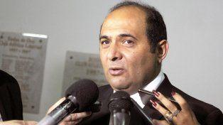 El intendente tucumano debió pedir disculpas tras el insólito error en el Día de la Bandera.