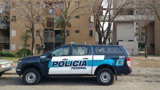 La Policía Federal realizó allanamientos en el Fonavi Latinoamérica.
