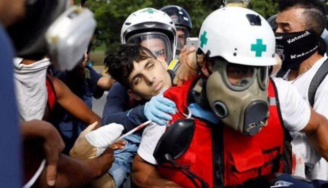 Matan de un balazo a quemarropa a un joven venezolano que manifestaba contra Maduro