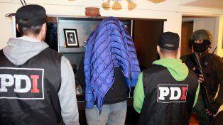 Uno de los detenidos en el marco de los allanamientos de la PDI y Gendarmería.
