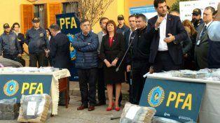 Presencia. La ministra Patricia Bullrich hizo una conferencia junto al secretario Eugenio Burzaco.