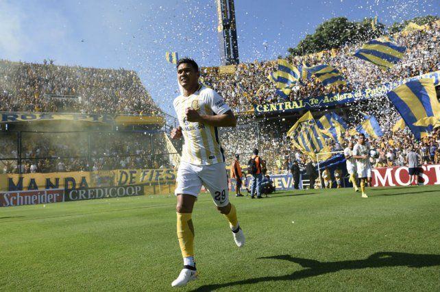 El delantero colombiano seguirá su carrera en el Junior de Barranquilla.