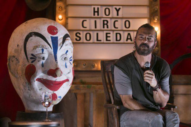 El cantante guatemalteco llegará a Rosario el 5 de noviembre presentando su trabajo Circo Soledad.