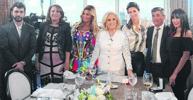 Domingo en Rosario. Mirtha junto a sus invitados Nazareno Casero