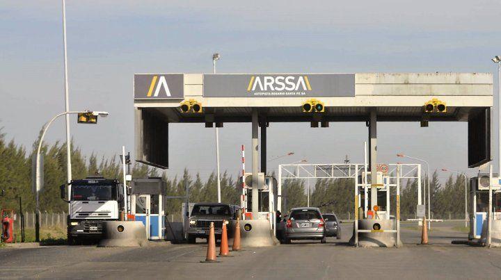 La provincia busca alternativas para para la administración de la autopista Rosario-Santa Fe.