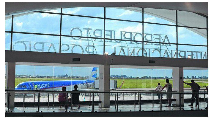 El aeropuerto de Fisherton suma una línea de colectivos que lo conectará con el centro de Rosario.