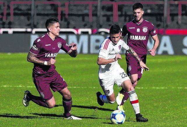 Adentro. Fértoli volverá a jugar de titular en el equipo de Vojvoda. Tiene tres goles en el torneo.