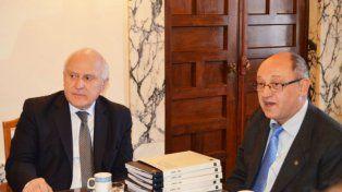 El gobernador Lifschitz y el exrector de la Universidad Nacional del Litoral
