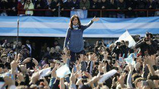 Cristina realizó un acto multitudinario en el estadio Julio Humberto Grondona, de Arsenal.