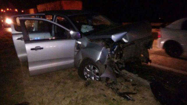 El choque se produjo entre una camioneta y un automóvil sobre la ruta 33