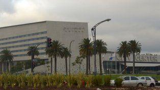 Allanan el City Center en el marco de una investigación de la Afip por lavado