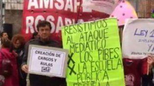 Amsafé Rosario se movilizó y llevó una larga lista de reclamos a la sede de Educación