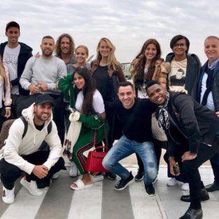 Carles Puyol publicó en su cuenta de Instagram la foto con los amigos en suelo rosarino.