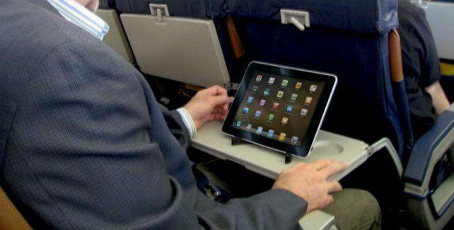 Los pasajeros no podrán volar a Estados Unidos con notebooks o tablets arriba del avión.